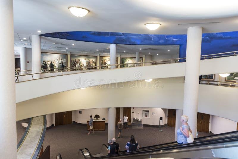 Висок Мормона Солт-Лейк-Сити внутренних северных посетителей разбивочный стоковое фото rf