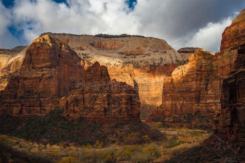 Висок национального парка Сиона Sinawava стоковые изображения rf