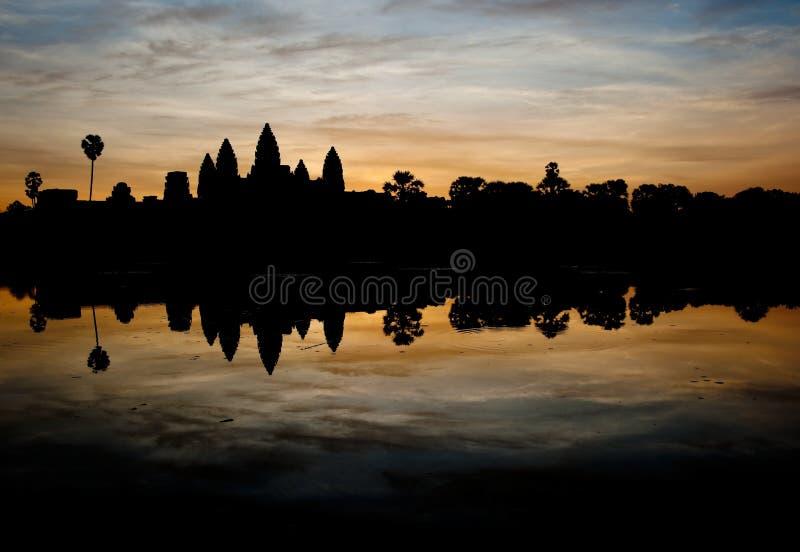 Висок на восходе солнца, Камбоджа Angkor Wat стоковое фото rf