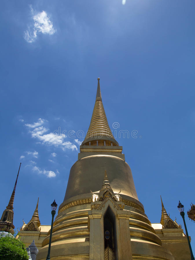Висок пагоды изумрудного Будды стоковые изображения