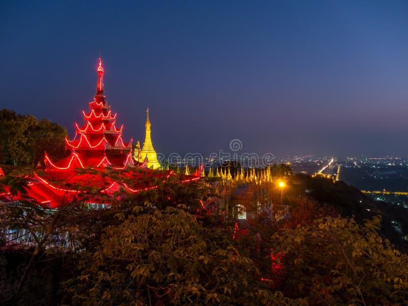 Висок холма Мандалая, Мандалай, Мьянма стоковое фото