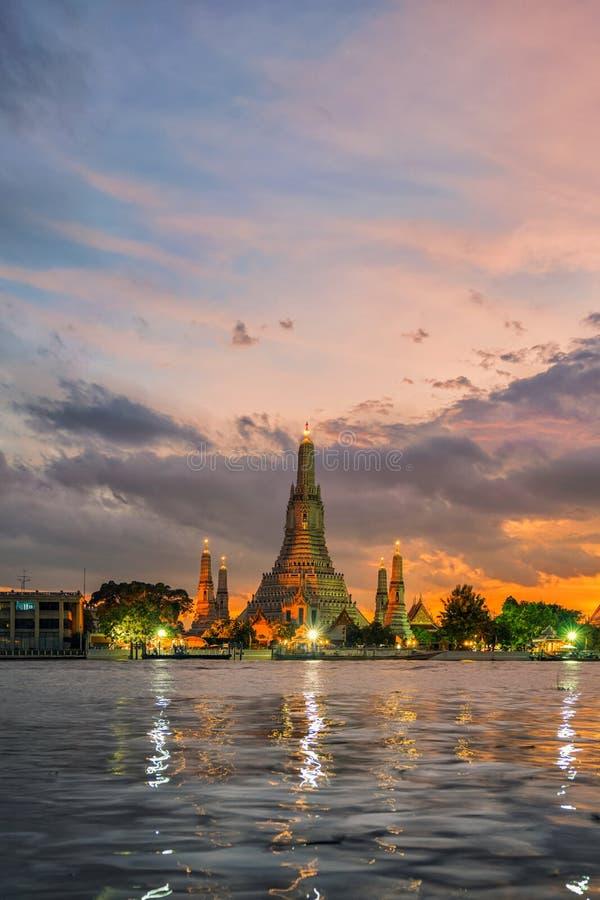 Висок Arun или Wat Arun стоковое изображение rf