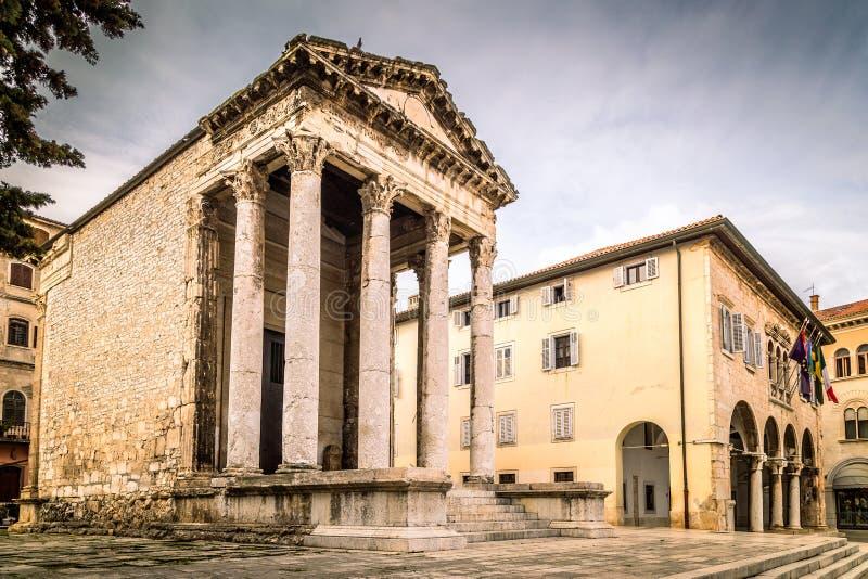 Висок Augustus в пулах, Хорватии стоковые фото