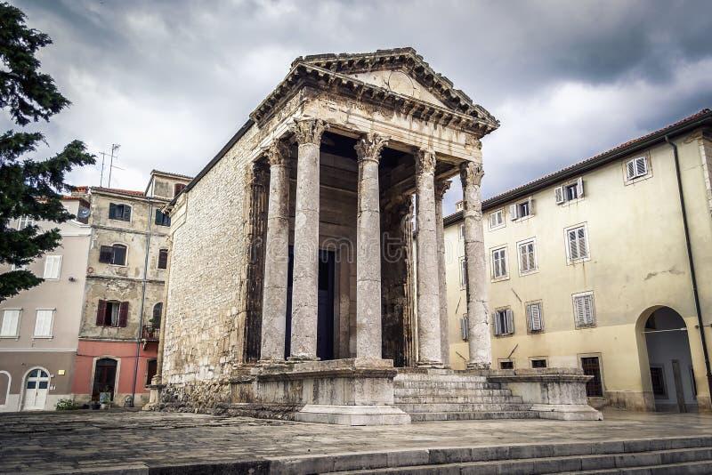 Висок Augustus в Pula стоковые изображения