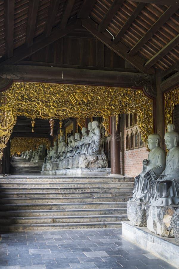 Висок Bai Dinh буддийский, Вьетнам стоковое фото