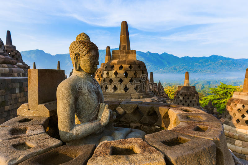 Висок Borobudur Buddist - остров Ява Индонезия стоковая фотография rf