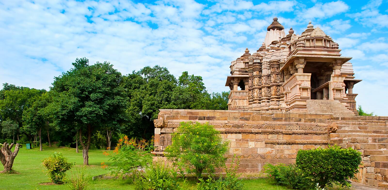 Висок Kandariya Mahadeva, предназначенный к Shiva, западные виски o стоковое изображение rf