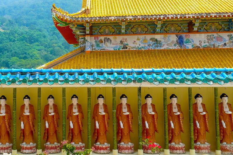 Висок Kek Lok Si Китая в статуях buddah Penang городка Джордж стоковые фото