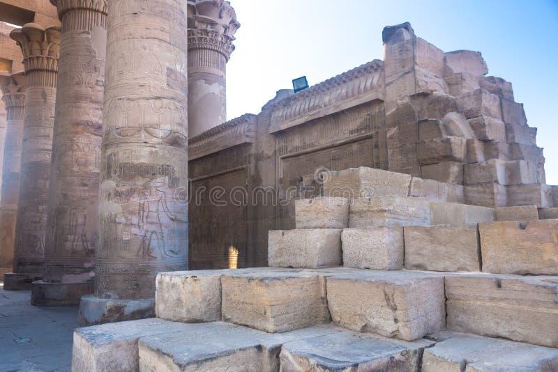 Висок kom Ombo, расположенный в Асуане, Египет стоковое изображение rf
