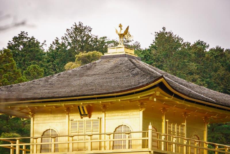 висок kyoto kinkaku ji стоковое изображение