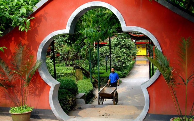 висок moongate guo фарфора bao emeishan стоковая фотография
