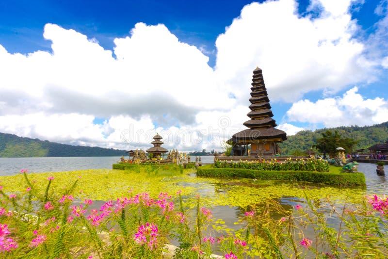 Висок Pura Ulun Danu на озере Beratan Бали, Индонезия стоковое фото rf