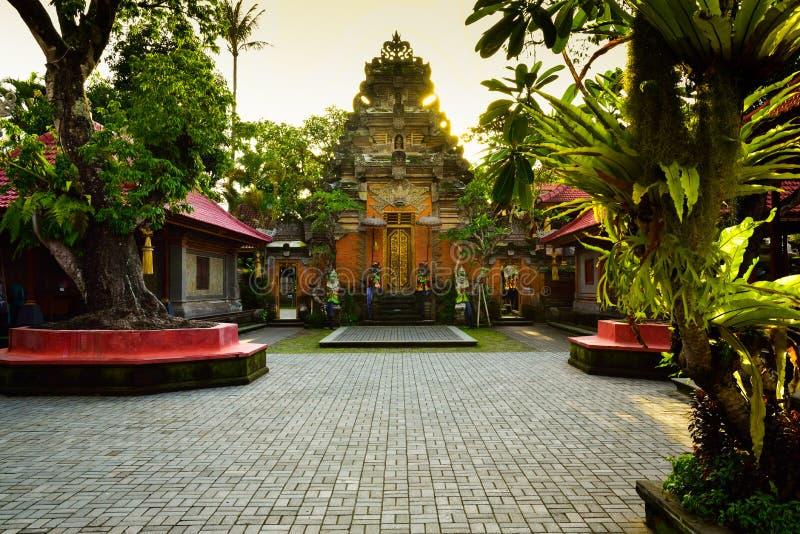 Висок Raditional старый священный в Ubud Бали Индонезии стоковые фото