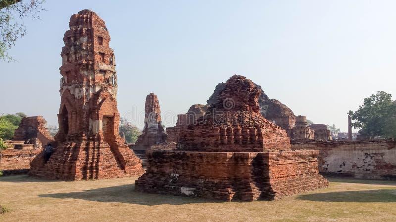 Висок Ram Wat Phra в парке Ayuthaya историческом, Таиланде Вероисповедание, назначение стоковые фотографии rf