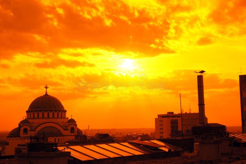 Висок St Sava в Белграде в заходе солнца стоковое изображение rf