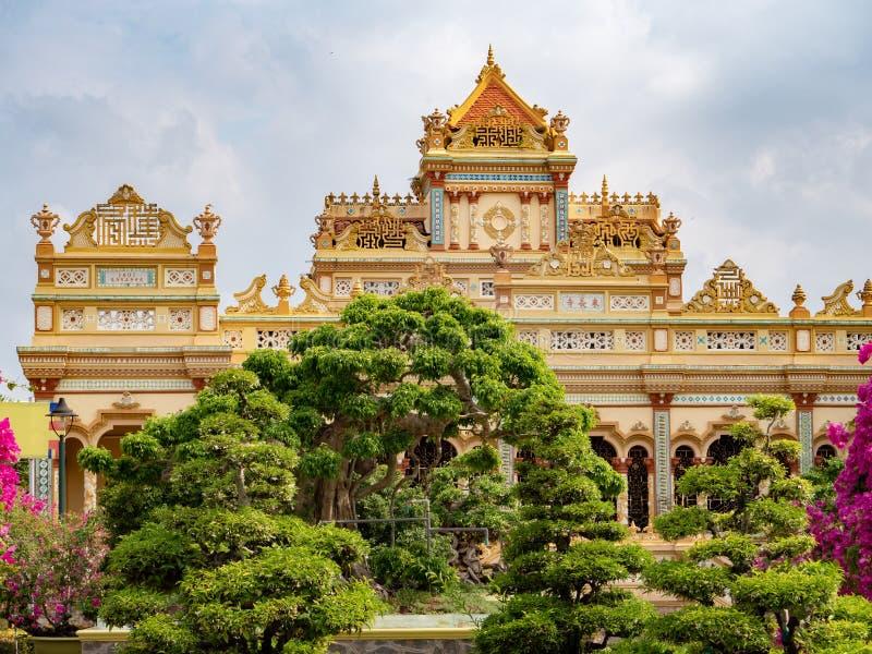 Висок Vinh Trang в моем Tho, Вьетнаме стоковое изображение rf