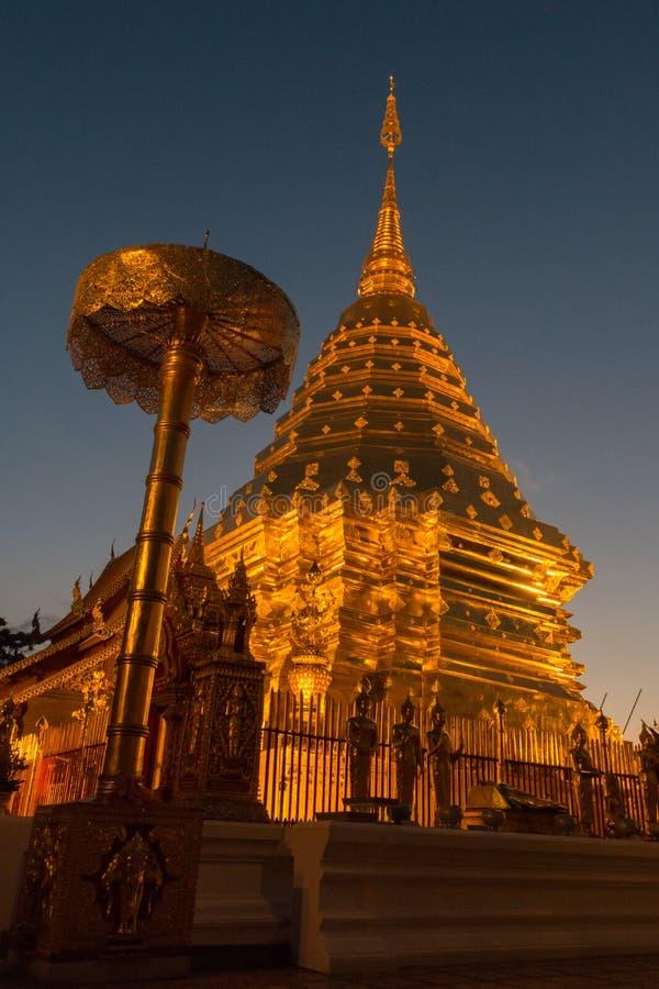 Висок Wat Phrathat Doi Suthep в Чиангмае, Таиланде стоковая фотография rf