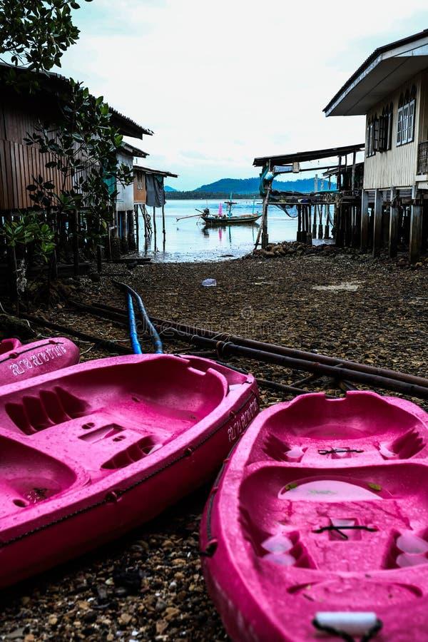 Вилла проживания в семье на малом острове стоковая фотография rf