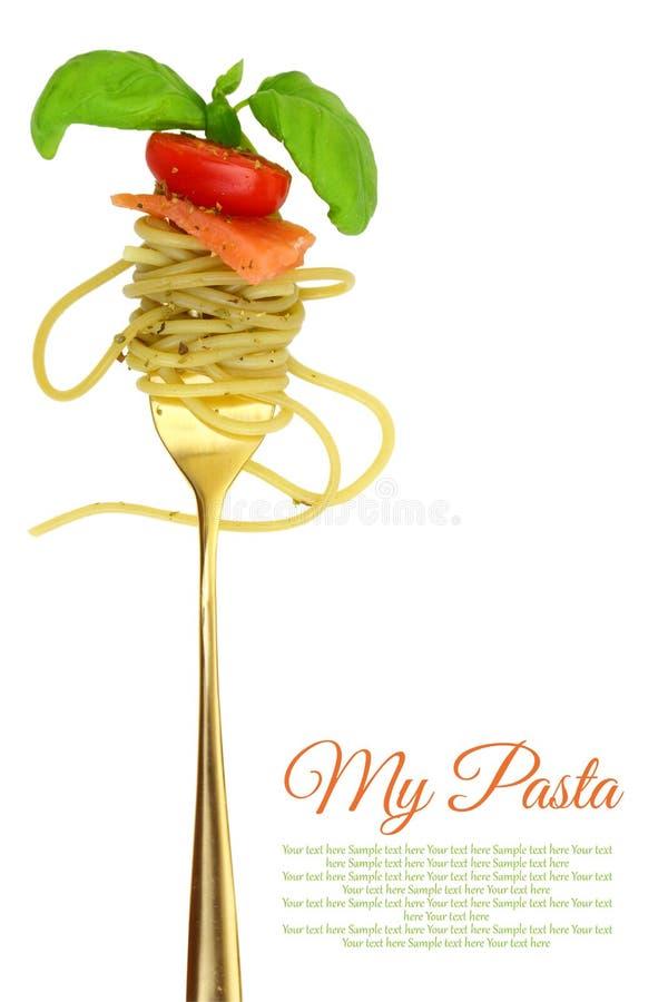 Вилка с спагетти и семгами стоковая фотография rf