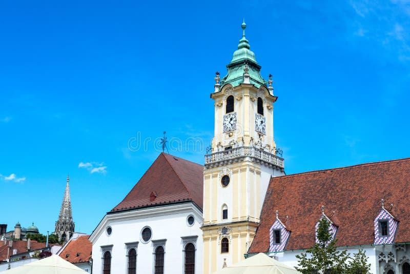 Вид на город Братиславы старой ратуши от главной площади стоковая фотография