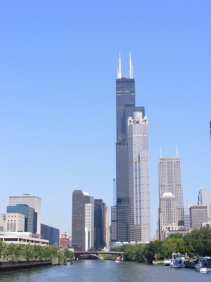 Вид на город городского Чикаго отличая Sears Tower стоковая фотография