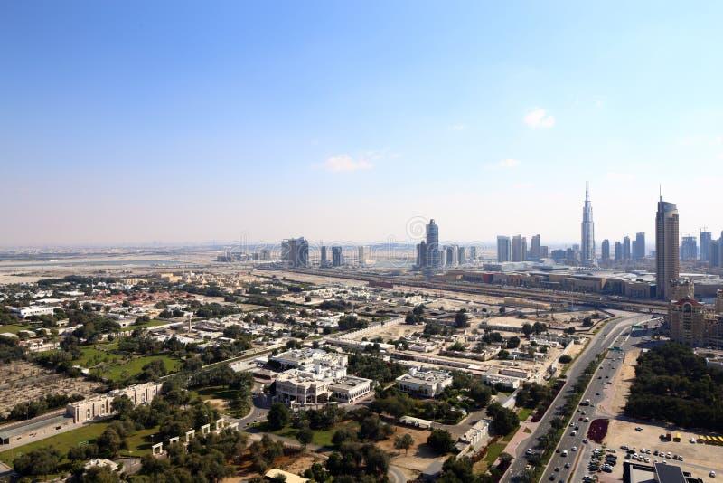 Download Вид на город Дубай городской красивый Стоковое Изображение - изображение насчитывающей облако, роскошь: 40575297
