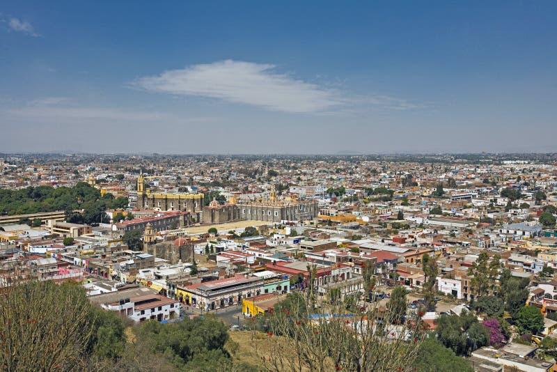 Вид на город Пуэбла, Мексика стоковые изображения