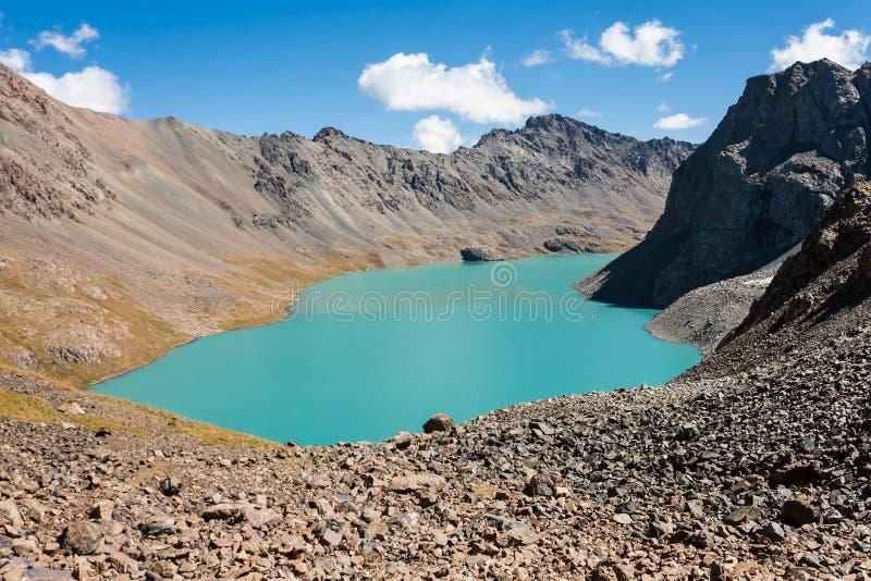 Вид на озеро алы-Kul стоковые изображения