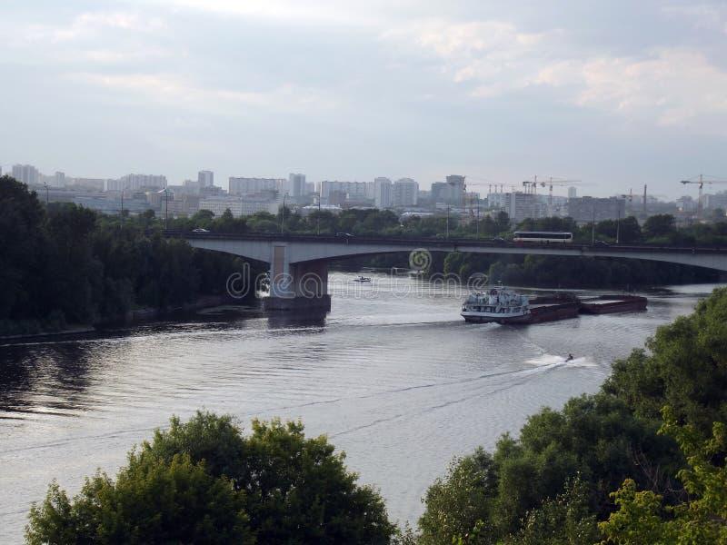 Вид на реке стоковые фото
