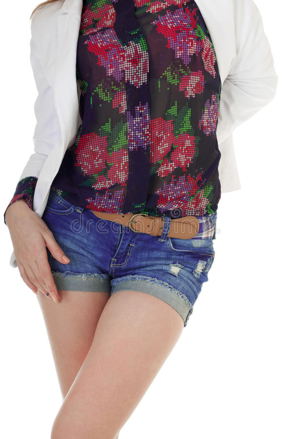 Вид спереди женского тела в голубых джинсах замыкает накоротко, кофточка, куртка. стоковые изображения rf
