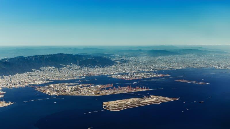 Вид с воздуха авиапорта Кобе в Кобе стоковые фотографии rf