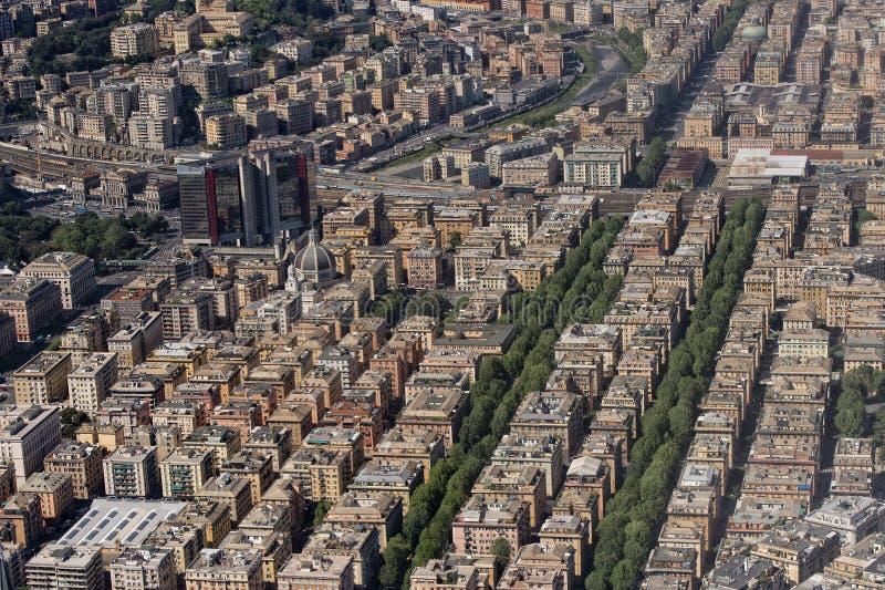 Download Вид с воздуха Генуи Италии стоковое изображение. изображение насчитывающей порт - 40581783