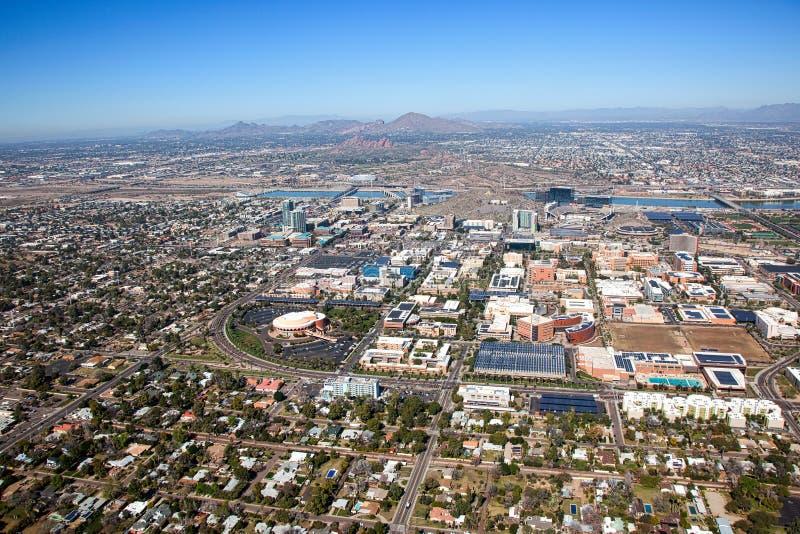 Вид с воздуха горизонт городского Tempe, Аризоны стоковые изображения rf