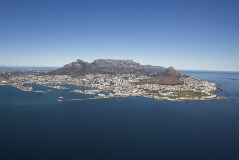 Вид с воздуха горы Южной Африки таблицы Кейптауна стоковая фотография rf