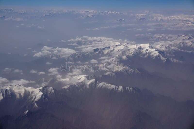Вид с воздуха гор Karakoram Sinkiang, Китая стоковые фотографии rf