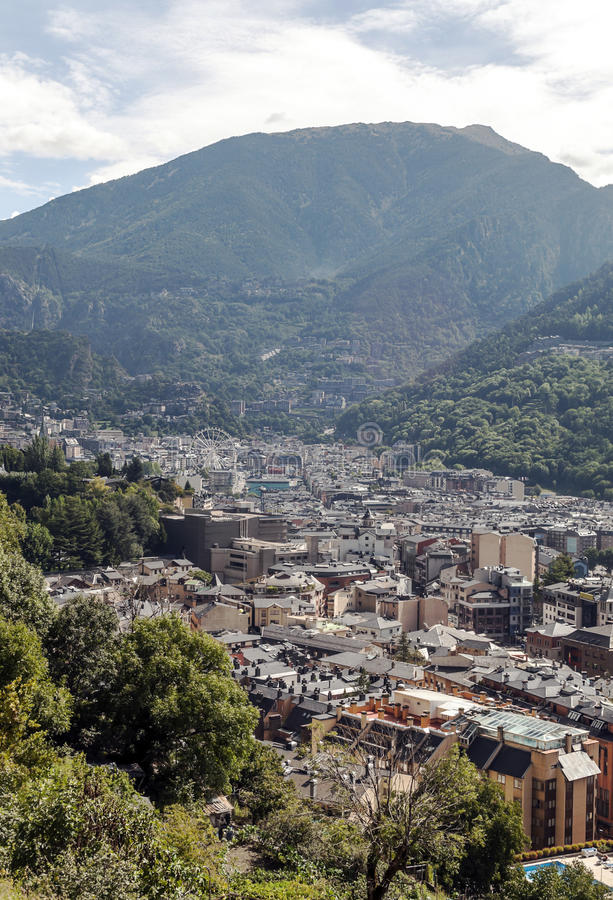 Вид с воздуха Ла Bella Андорры стоковая фотография