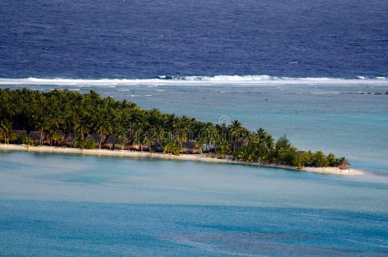 Вид с воздуха Острова Кука лагуны Aitutaki стоковое фото rf