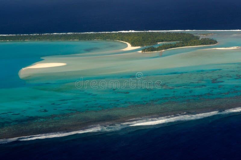 Вид с воздуха Острова Кука лагуны Aitutaki стоковые фото