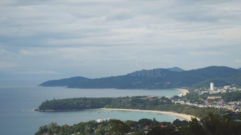 Вид с воздуха острова Пхукета от гор Таиланд стоковое фото