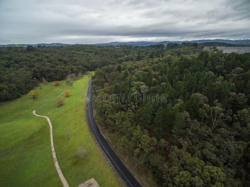 Вид с воздуха парка резервуара Cardinia, Мельбурна, Австралии стоковые фотографии rf