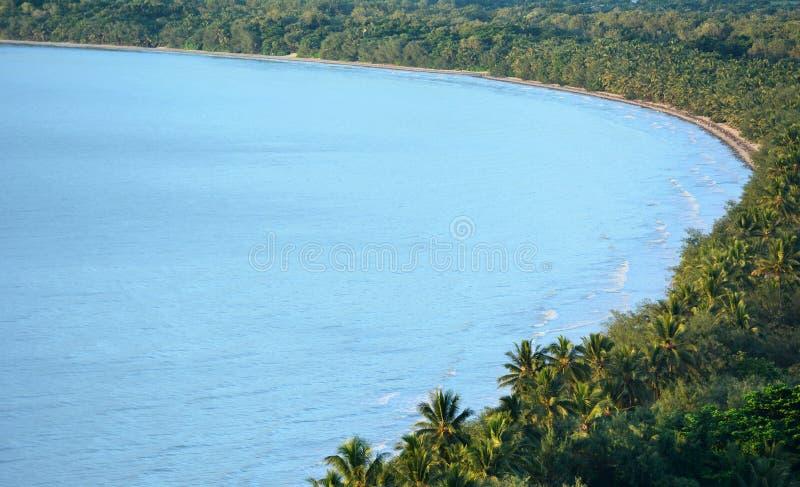 Вид с воздуха пляжа 4 миль в Port Douglas Квинсленде, Austr стоковое изображение