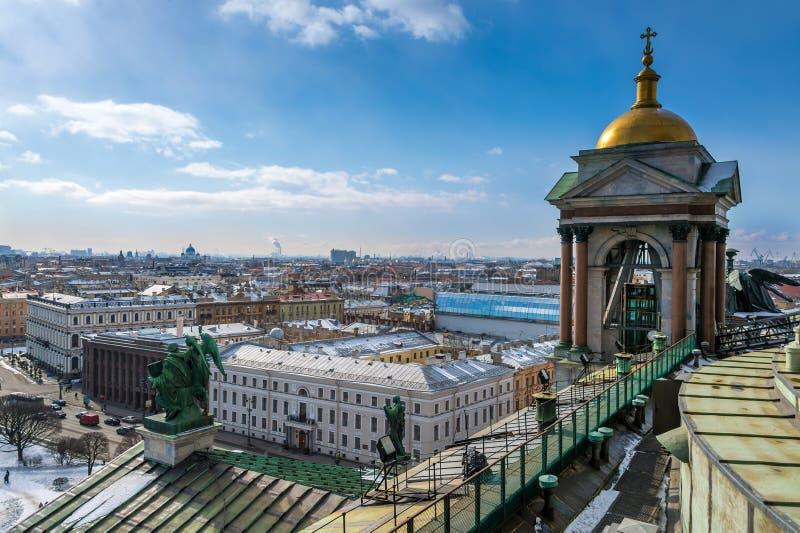 Вид с воздуха Санкт-Петербурга стоковые фотографии rf