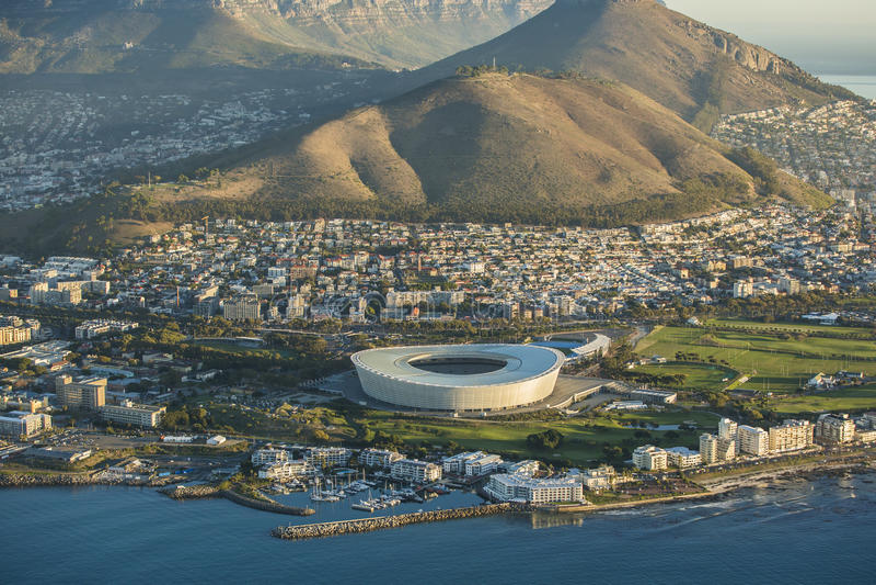 Вид с воздуха стадиона Южной Африки Кейптауна стоковое изображение rf