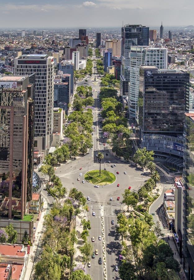 Вид с воздуха улицы reforma Мехико стоковое фото