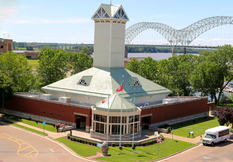 Вид с воздуха центра посетителей Мемфиса Теннесси стоковое фото