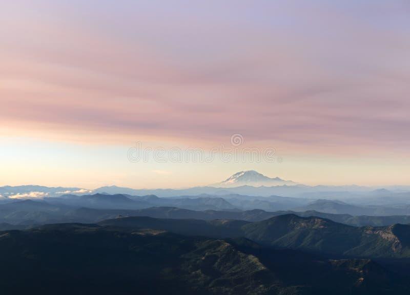 Вид с воздуха Mt Адамса стоковое фото