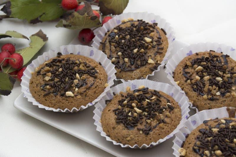 Вкусная булочка с тортами шоколада и миндалины стоковое фото rf