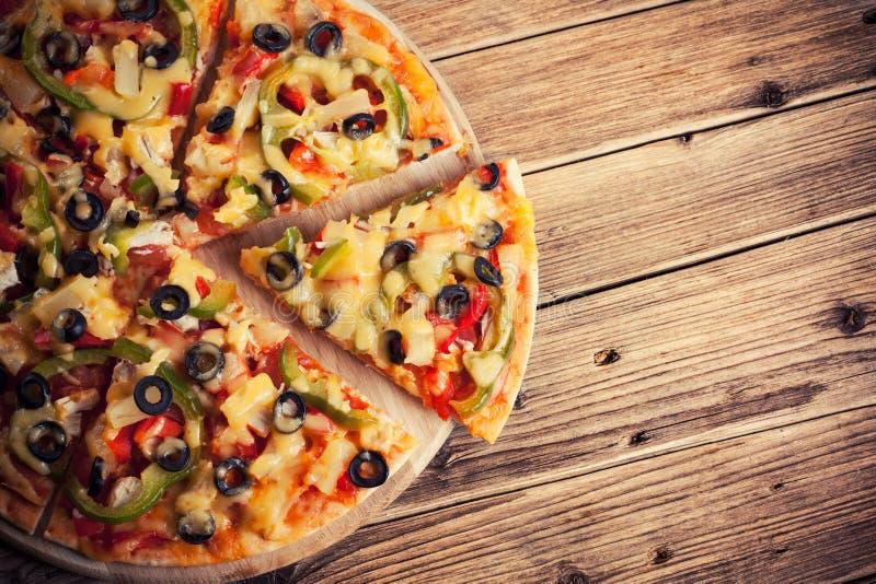вкусная итальянская пицца стоковое фото
