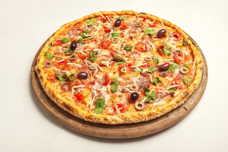 вкусная пицца стоковые изображения