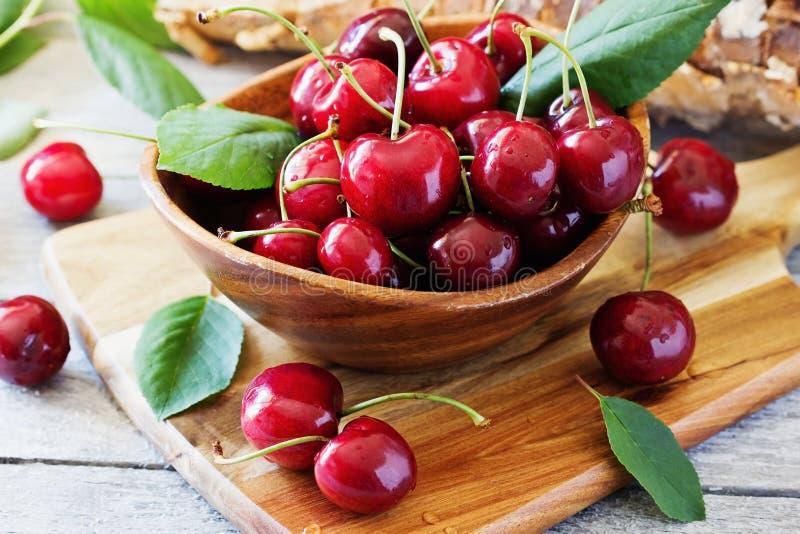 вкусное вишни зрелое стоковая фотография rf